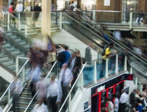 Estudo de Fluxo de Pessoas nas Passarelas de Acesso à Estação Flamboyant